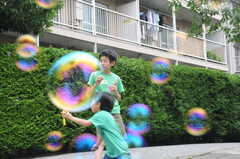 しゃぼんだま遊び。(2013-06-30,共用部,PARTY,1F)