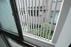 窓の外の様子。(204号室)(2013-02-12,専有部,ROOM,2F)