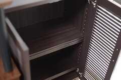 靴箱の様子。(206号室)(2013-02-12,専有部,ROOM,2F)