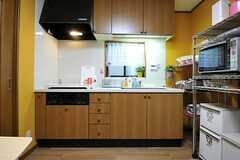 キッチンの様子。(2012-10-16,共用部,KITCHEN,2F)