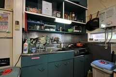 シェアハウスのキッチンの様子2。(2011-06-24,共用部,KITCHEN,1F)