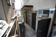 シェアハウスの正面玄関。(2008-03-03,周辺環境,ENTRANCE,1F)