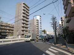 西武新宿線下落合駅からシェアハウスへ向かう道の様子。(2008-03-03,共用部,ENVIRONMENT,1F)
