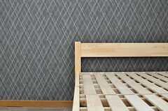 部屋ごとに壁紙が異なります。(204号室)(2014-03-26,専有部,ROOM,2F)