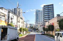 都営大江戸線・牛込柳町駅前の様子。(2014-01-10,共用部,ENVIRONMENT,1F)