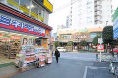 都営大江戸線・牛込柳町駅前の様子2。(2014-01-10,共用部,ENVIRONMENT,1F)