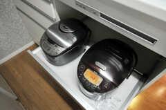 炊飯器もIHでおいしく炊けそう。(2010-09-14,共用部,KITCHEN,1F)