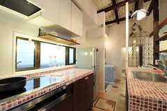 シェアハウスのキッチンの様子2。(2011-04-08,共用部,KITCHEN,1F)