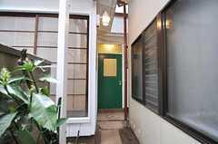 106号室は離れになっています。(2011-04-08,専有部,ROOM,1F)