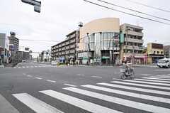 都営大江戸線・落合南長崎駅からシェアハウスへ向かう道の様子。(2011-04-08,共用部,ENVIRONMENT,1F)