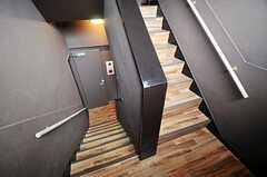 水回り設備のある2階へ。(2011-06-21,共用部,OTHER,3F)