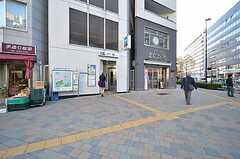 各線・東新宿駅の様子。(2016-01-05,共用部,ENVIRONMENT,1F)