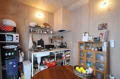 キッチンの様子。(103号室)(2013-05-19,専有部,ROOM,1F)