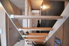 階段の様子2。(103号室)(2013-05-19,専有部,ROOM,1F)