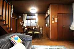 ソファから見たダイニングの様子。(2013-12-25,共用部,LIVINGROOM,1F)