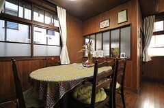 ダイニングテーブルの様子。(2013-12-25,共用部,LIVINGROOM,1F)