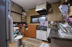 キッチンの様子。(2013-12-25,共用部,KITCHEN,1F)