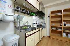 キッチンの様子。(604号室)(2012-12-18,共用部,KITCHEN,6F)