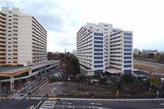 ベランダからの景色。(604c、604d、604e)(2012-12-18,専有部,ROOM,6F)