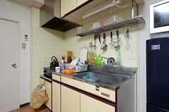 キッチンの様子。(601号室)(2012-12-18,共用部,LIVINGROOM,6F)