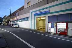 各線・高田馬場駅周辺の様子。(2012-12-18,共用部,LIVINGROOM,1F)