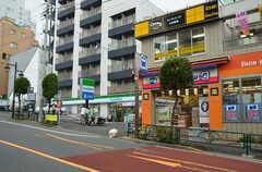 都営大江戸線・牛込柳町駅の様子。(2012-09-23,共用部,ENVIRONMENT,1F)