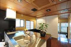 オフィス空間を引き戸で仕切るとこんな感じ。(2012-07-04,共用部,LIVINGROOM,1F)