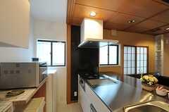 キッチンの様子2。(2012-07-04,共用部,KITCHEN,1F)