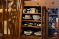 食器棚の様子。(2015-08-31,共用部,KITCHEN,5F)