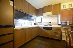 キッチンの様子。(2015-08-31,共用部,KITCHEN,5F)