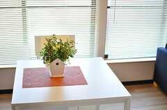 テーブルの様子。(B棟205号室)(2012-03-27,専有部,ROOM,2F)