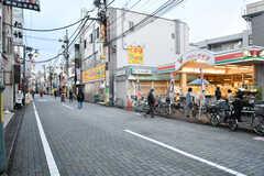 京王井の頭線・浜田山駅前の商店街の様子。(2017-10-25,共用部,ENVIRONMENT,1F)