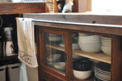 食器棚の様子。(2014-05-16,共用部,KITCHEN,1F)