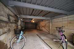 自転車置場の様子。(2013-10-17,共用部,GARAGE,1F)