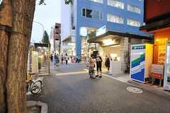 東京メトロ丸ノ内線・新高円寺駅の様子。(2013-10-17,共用部,ENVIRONMENT,1F)
