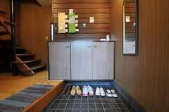 靴箱の様子。(2011-01-26,周辺環境,ENTRANCE,1F)
