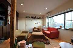 シェアハウスのリビングの様子。(2011-01-26,共用部,LIVINGROOM,2F)