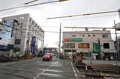 シェアハウスから京王井の頭線・永福町駅へ向かう道の様子。(2011-01-26,共用部,ENVIRONMENT,1F)