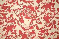 ドイツ製の壁紙。動物のシルエットが見えますので、探してみましょう。(209号室)(2010-03-01,専有部,ROOM,2F)