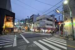 東京メトロ丸ノ内線・中野富士見町駅からシェアハウスへ向かう道の様子。(2010-03-01,共用部,ENVIRONMENT,1F)