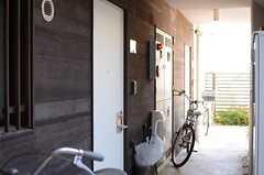 専有部のドアの様子。(2013-12-13,共用部,OTHER,1F)
