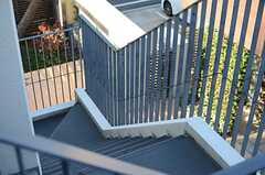 上から見た階段の様子。(2013-12-13,共用部,OTHER,3F)