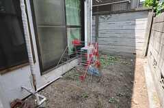 庭の様子。(103号室)(2012-06-04,専有部,ROOM,1F)
