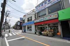 京王井の頭線・三鷹台駅前の様子。(2012-06-04,共用部,ENVIRONMENT,1F)