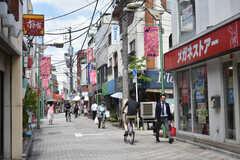 京王井の頭線・西永福駅周辺の様子2。商店街が近くにあります。(2018-06-19,共用部,ENVIRONMENT,1F)