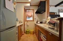 1Fのキッチンは基本的にオーナーさんが使用します。(2015-08-11,共用部,KITCHEN,1F)