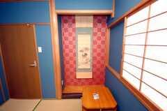 専有部の様子。古物の掛け軸。(104号室)(2008-07-23,専有部,ROOM,1F)