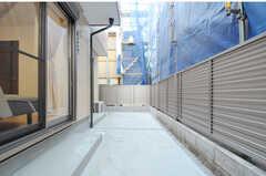 テラスは103号室と共用です。(2012-12-24,共用部,OTHER,1F)