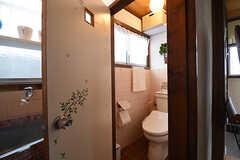 ウォシュレット付きトイレの様子。(2016-06-20,共用部,TOILET,1F)