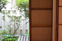 全室、雨戸付きです。(101号室)(2016-06-20,専有部,ROOM,1F)